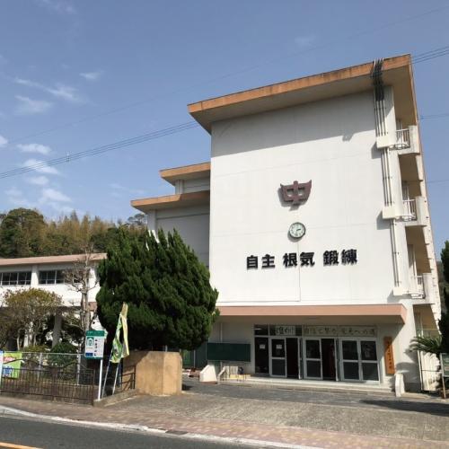 佐々中学校.jpg
